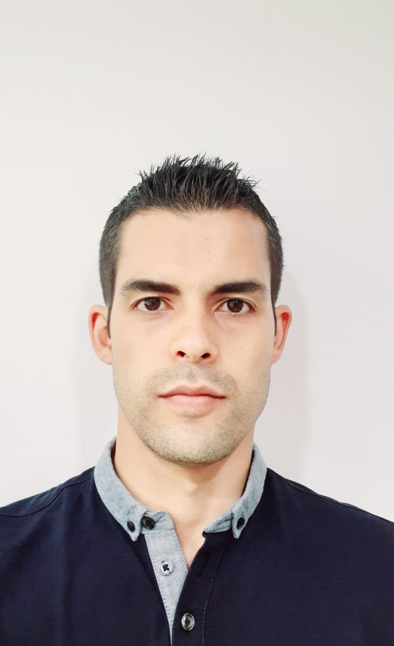 Especialista Nicolas Millán López
